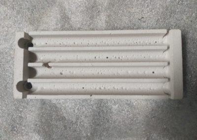 Alfa-heat | Formstein der Heizplatte des Durchlaufofens zum Härten des vorderen Autoglases