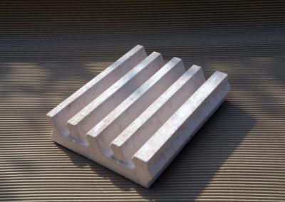 Alfa-heat | Feuerbetonstein – Formstein für die Lagerung von Heizspiralen